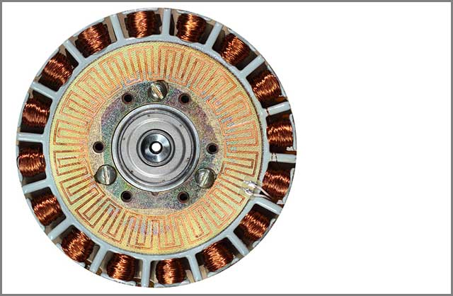 A close pic of a brushless DC motor.jpg