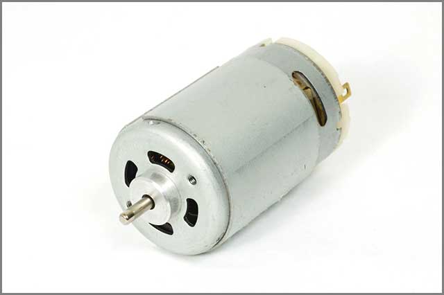 A close pic of a DC motor controller.jpg