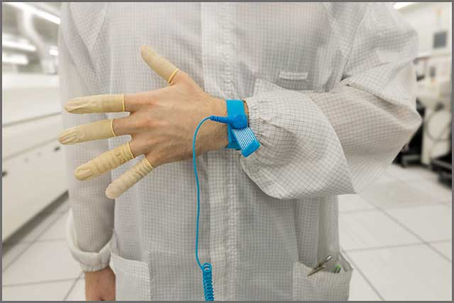 Antistatic wrist strap and clothes.jpg