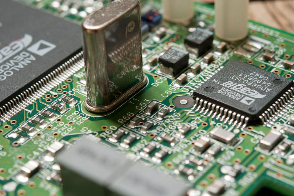 An image depicting an integrated circuit connected to a PCB