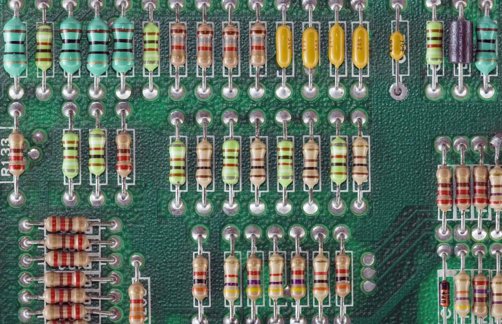 circuit board with multiple resistors