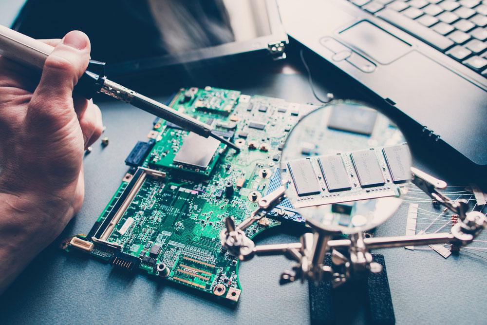 测试PCB工作台