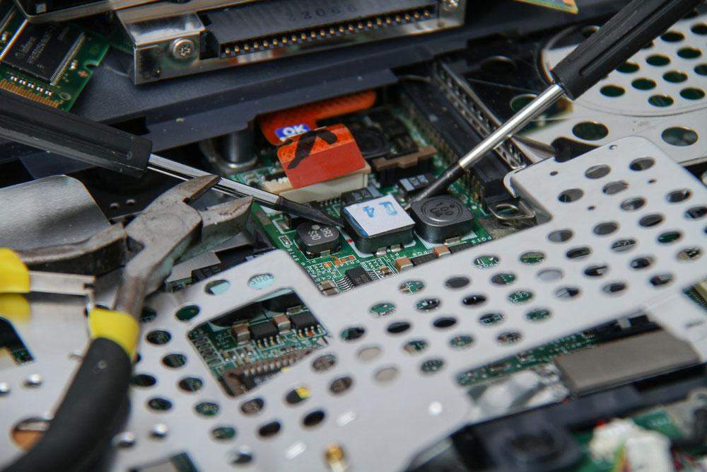 电子组装工具