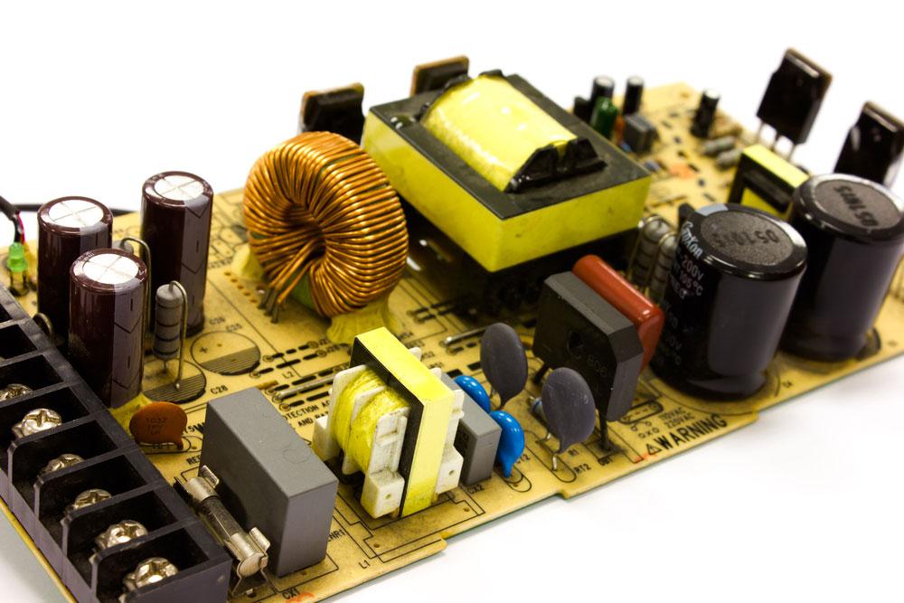 电源板电容和电感