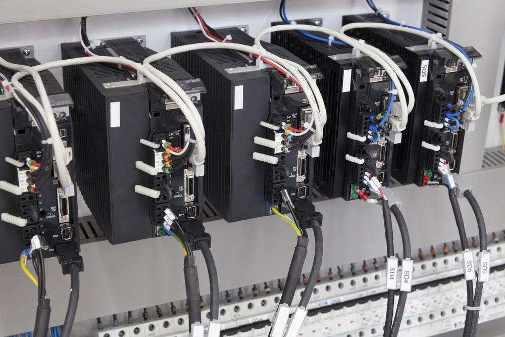 变压变流电源电路--几个电气元件